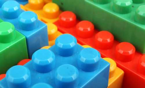Play with Lego