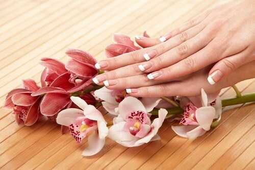 Steps to a Perfect French Manicure