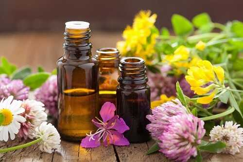 10 Great Ways to Use Essential Oils