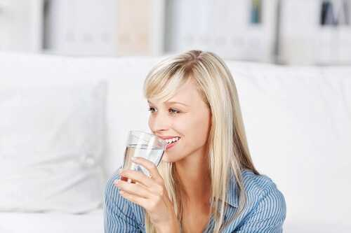 Drinking Water Clears Acne