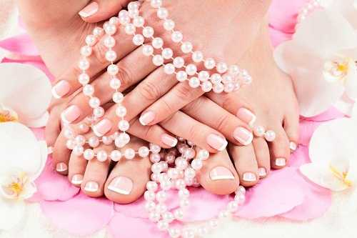 Steps to a Perfect French Pedicure