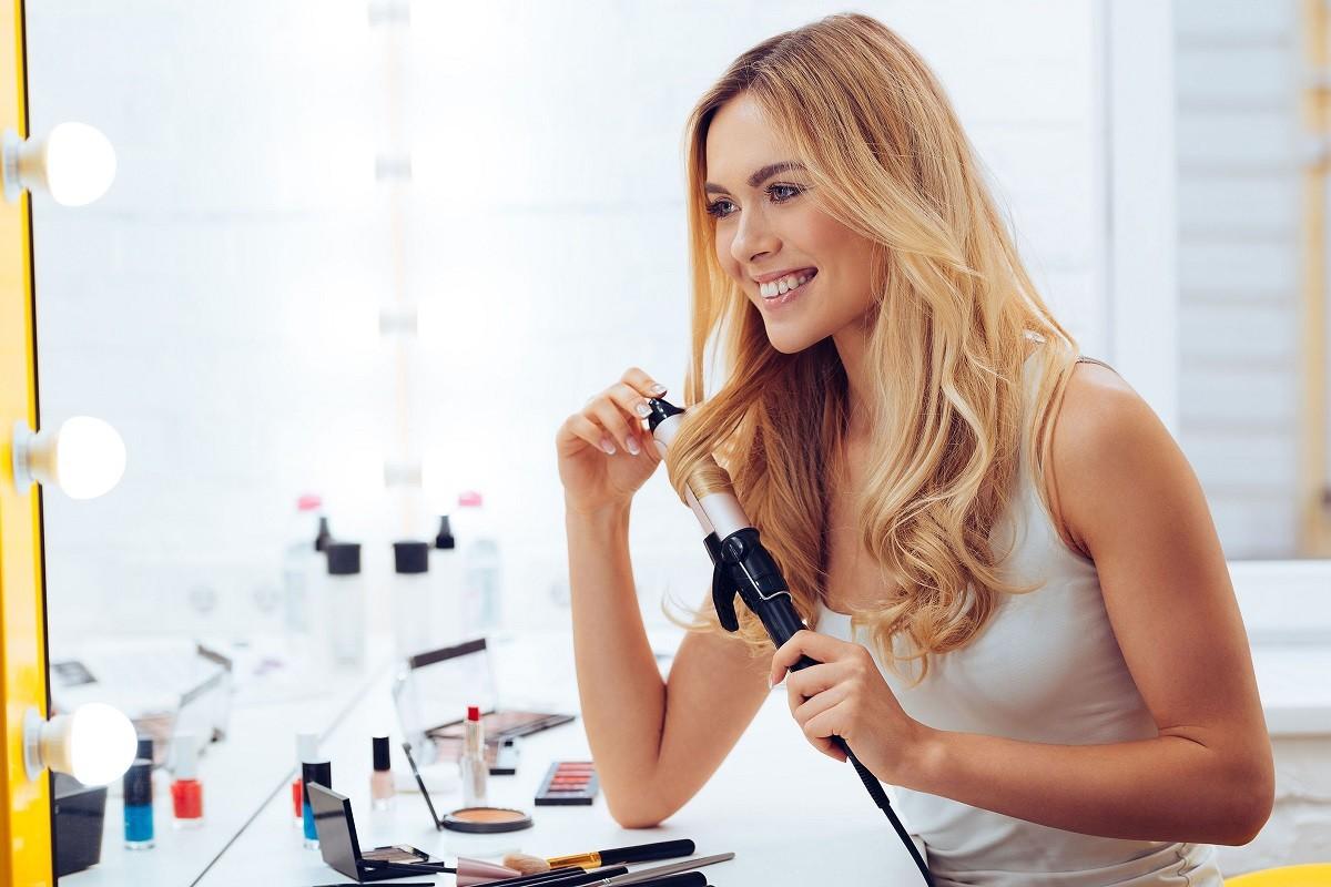 10 Beauty Tools Every Woman Needs