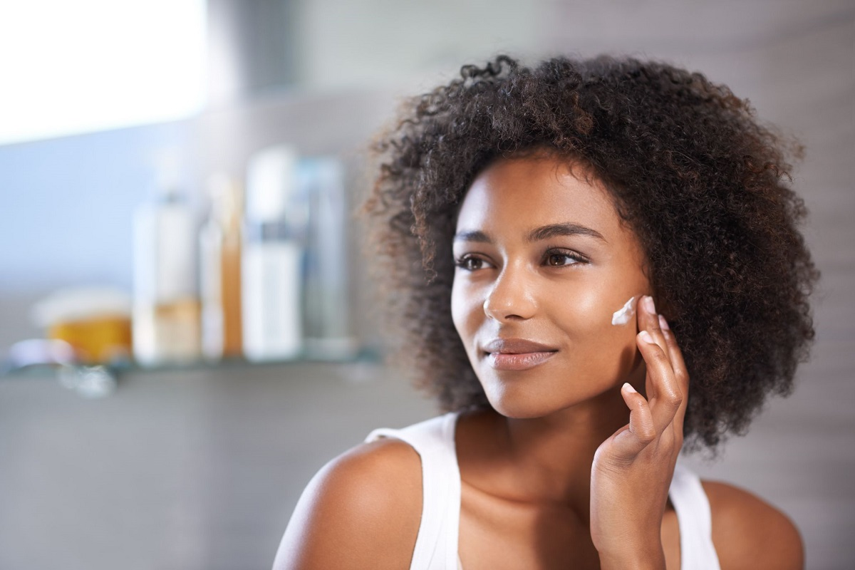 10 Makeup Tips for African-American Skin
