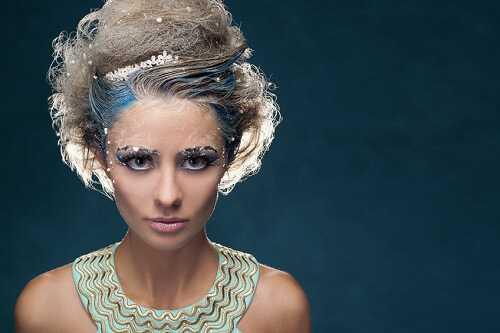 Bejeweled Christmas Makeup