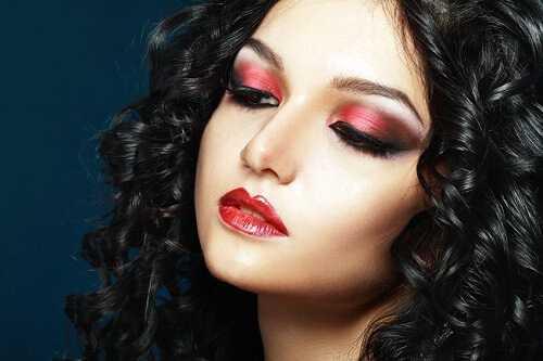Colorful Christmas Makeup