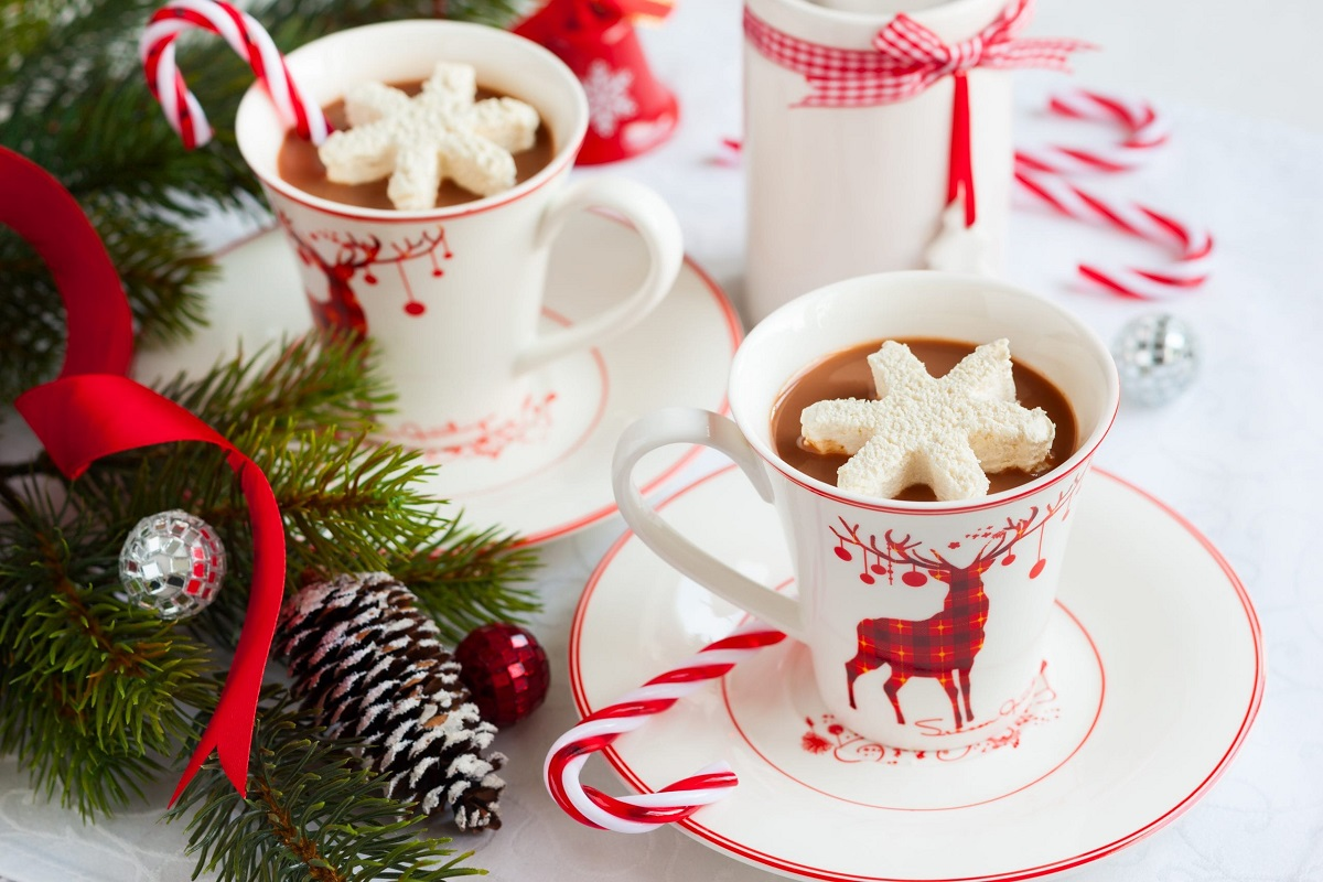 10 Winsome Ways to Boost Your Christmas Spirit