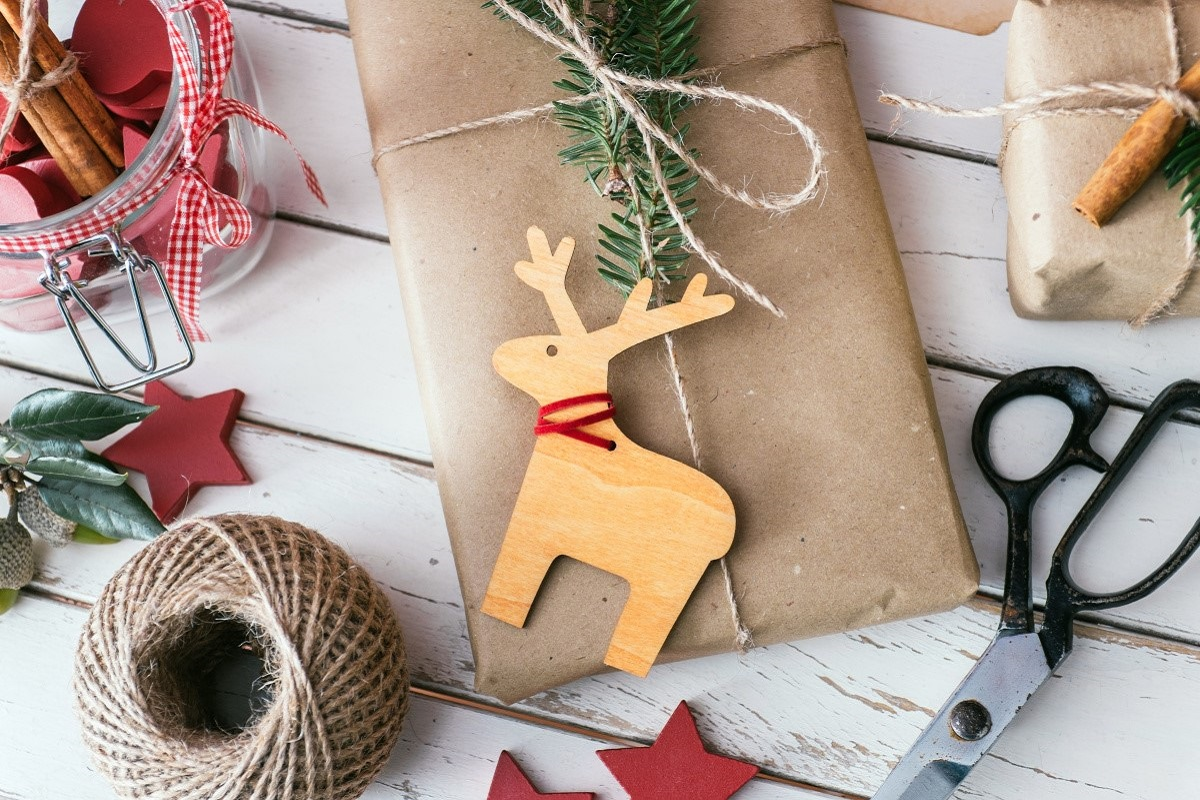 11 Easy and Cheap Christmas Crafts
