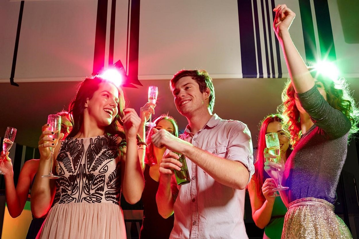 10 New Year's Celebration Ideas for College Students