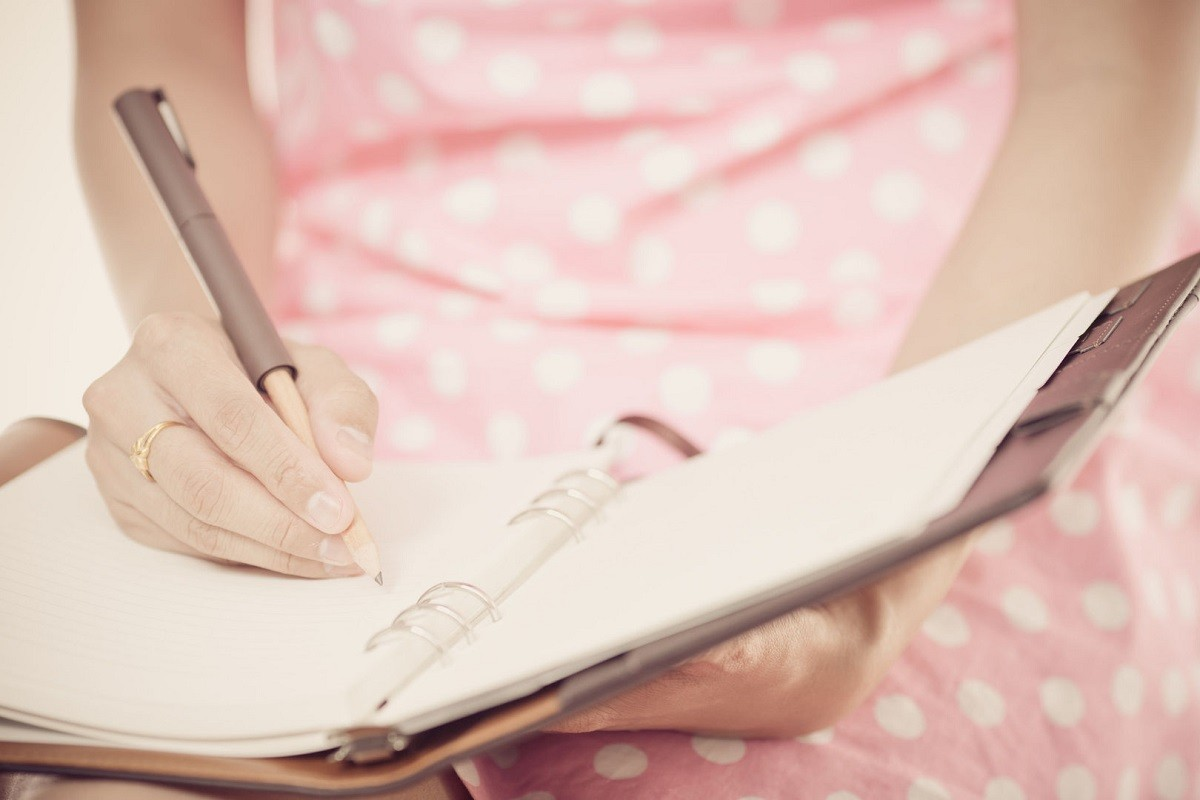 3 Traits to Check Out in Your Own Handwriting
