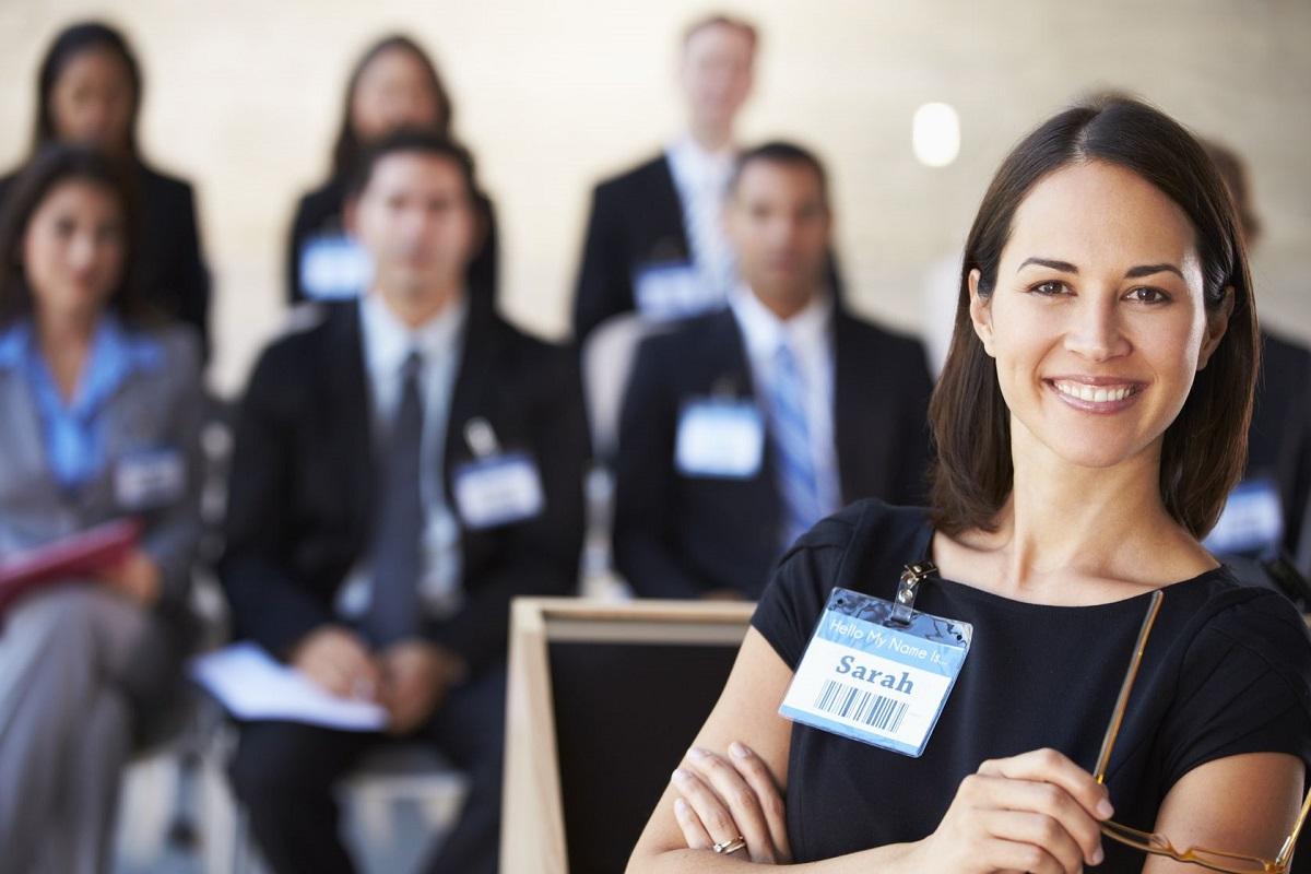 7 Sure Signs of a Confident Public Speaker