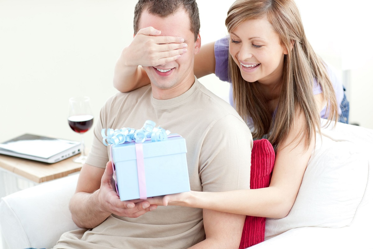 10 Last-Minute Valentine's Day Gifts Your Husband Will Love