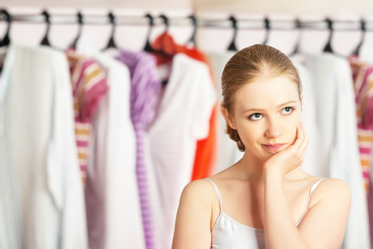 7 Reasons to Say Goodbye to Your Old Clothes