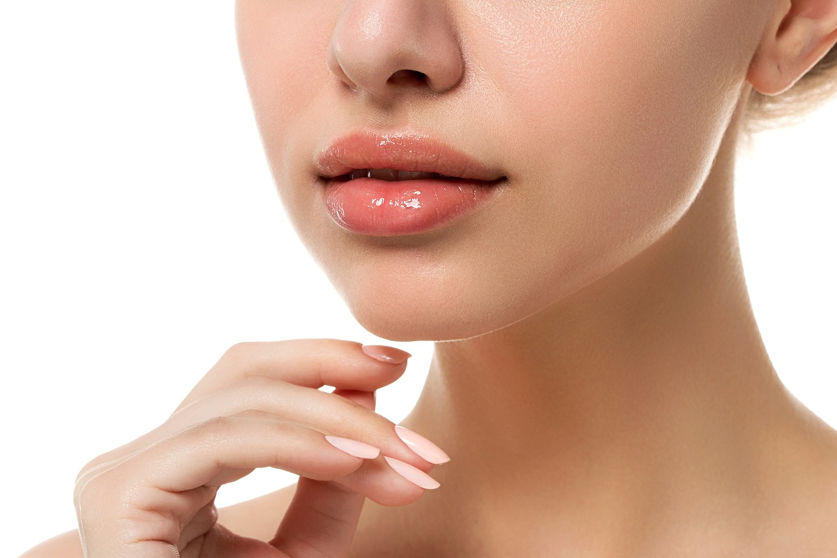 10 Revitalizing All-Natural Lip Scrubs