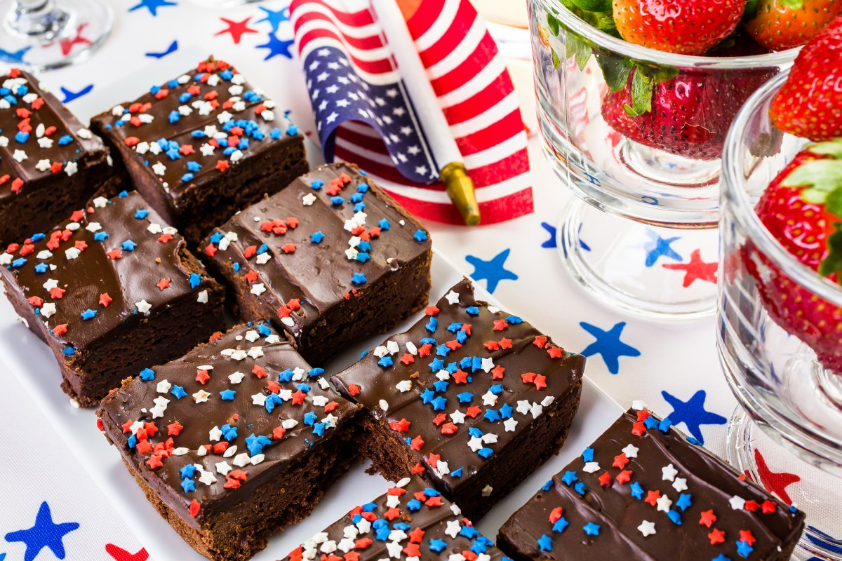 7 Amazing Fourth of July Treats for the Whole Family