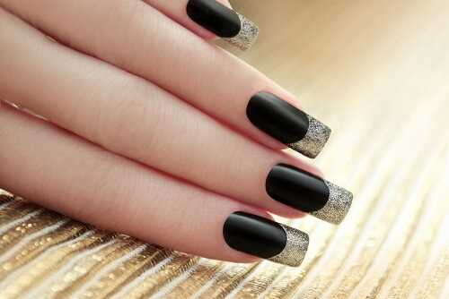9 Black French Manicure