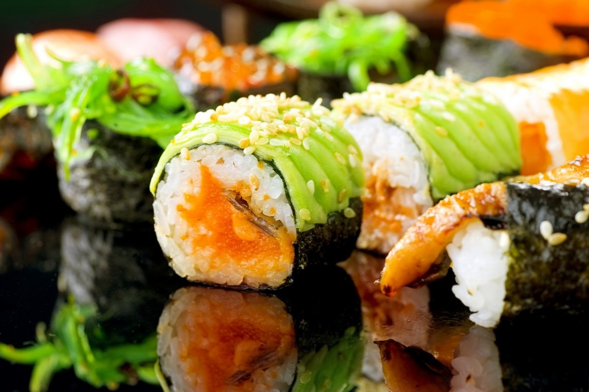 7 Reasons You Should Be Eating Sushi