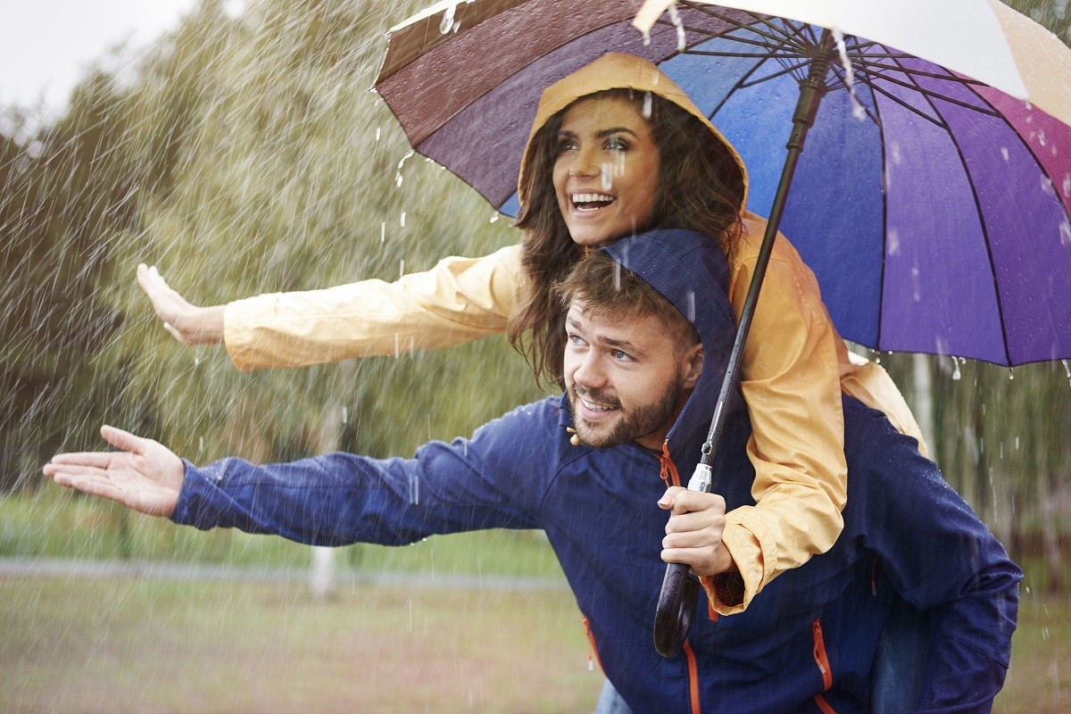 Fake The Mood: 10 Fun Ways to Spend Rainy Fall Days