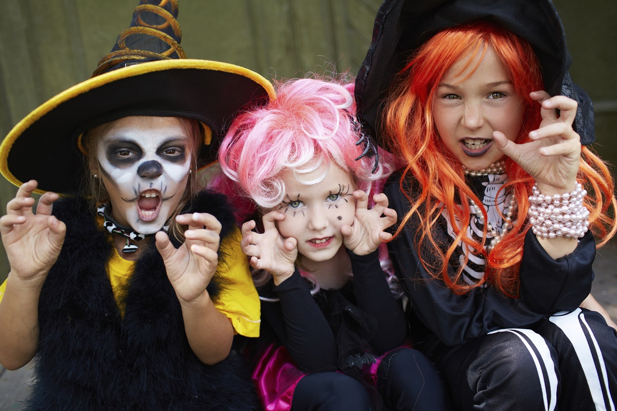 10 Kid-Friendly Halloween Party Games