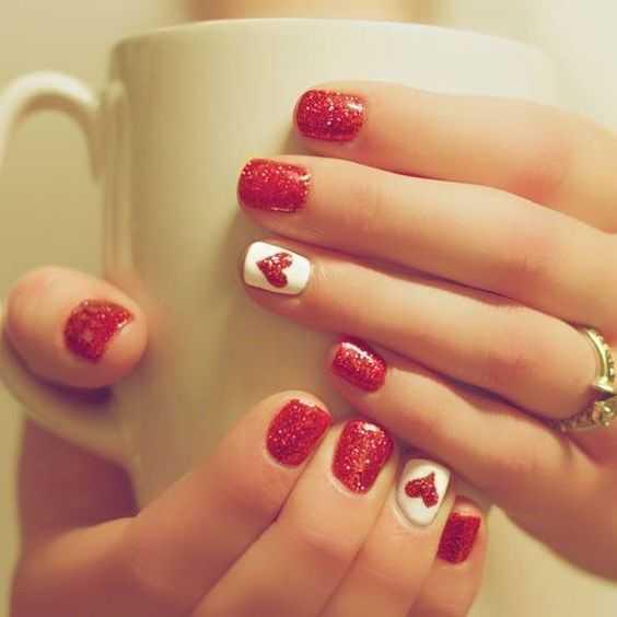 Classic Cupid nails