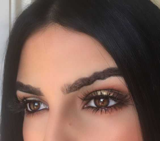 The New Wave Brow Trend: Slay or Nay?