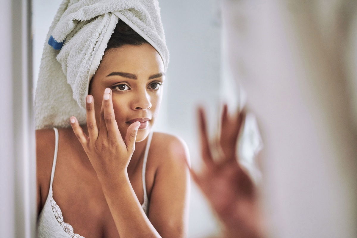 10 Easy Home Remedies for Puffy Eyes