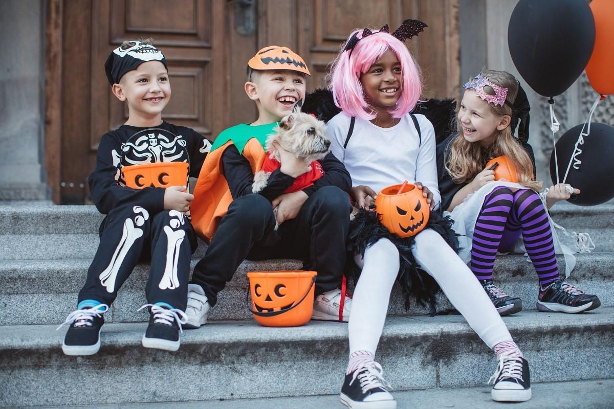 10 Family-Friendly Halloween Costume Ideas