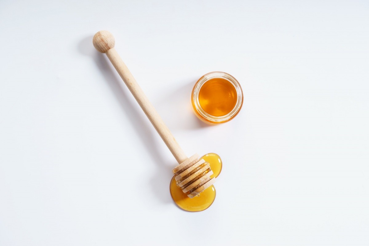 12 Surprising Ways to Use Honey