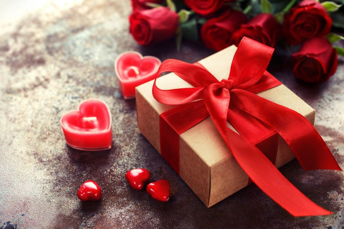 10 Best Valentine's Day Gifts for Your Sweetheart