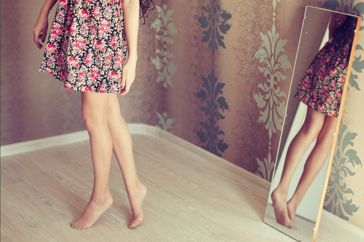 10 Tips to Keep Your Legs Smooth