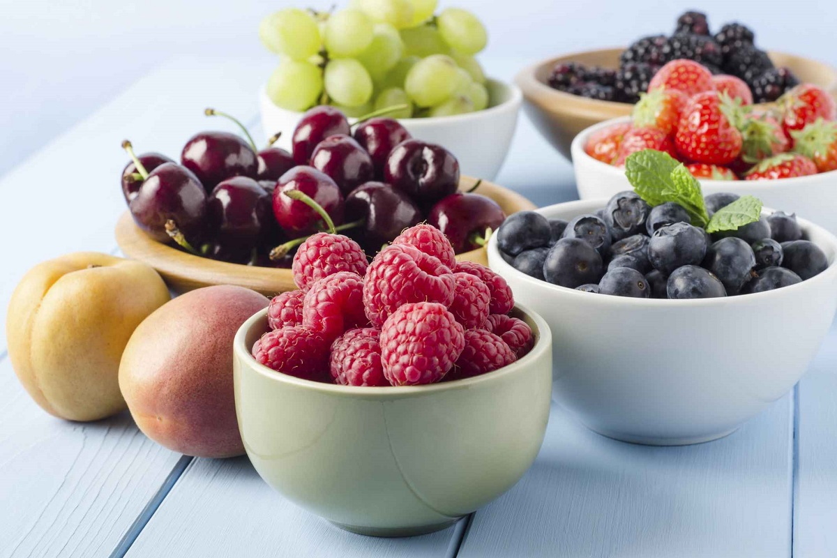 7 Spring-Summer Fruits You Should Be Eating More